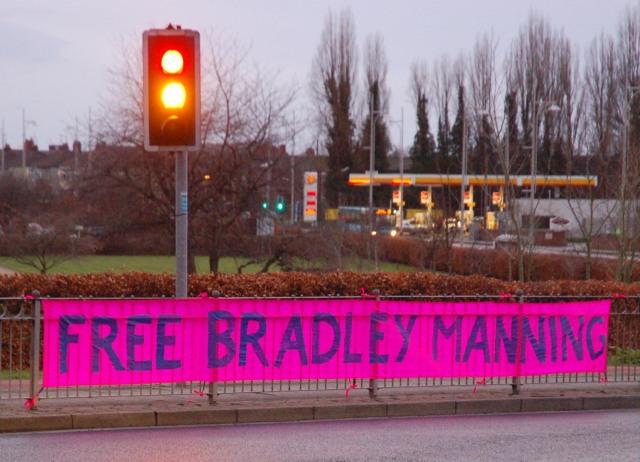 04 free brad banner