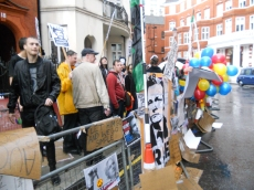 Assange supporters arrive at the Ecuadorian embassy