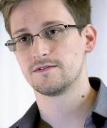 Edward_Snowden-2
