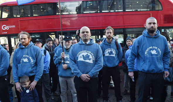 Veterans for Peace UK protest syria standing together